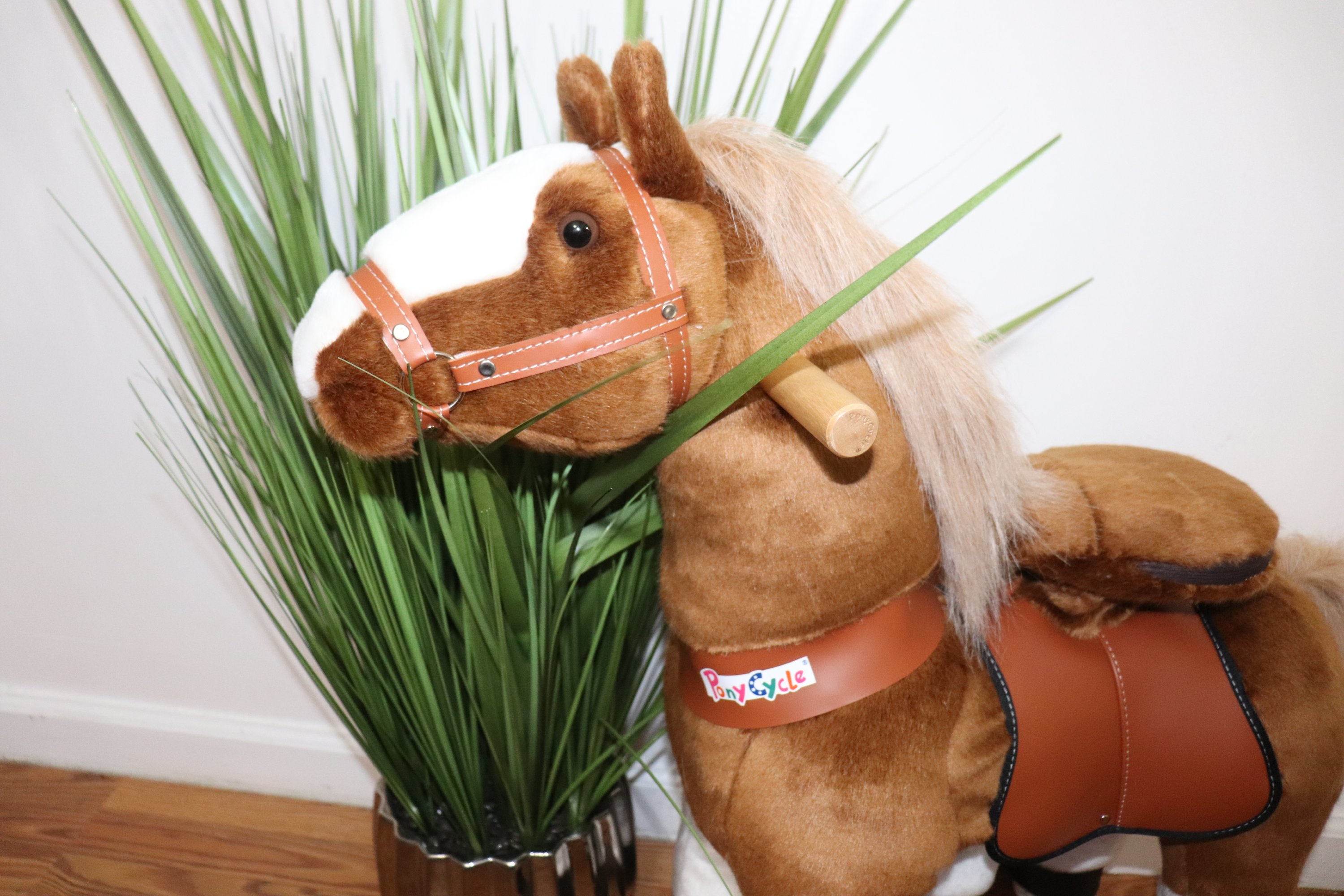 PonyCycle Medium Golden Brown Non-Electric Kid Powered Ride On Toy Horse
